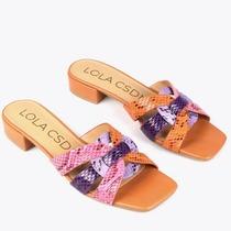 Amor a primera vista 💘 Color para vestir tus pies este verano 🌞 #comodaymona #omblancspirit #sandaliascastellon #omblanc #piesbonitos #estilazo