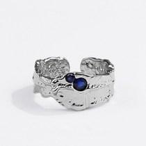 Este ⛱☀️acierta con los anillos de plata ajustables. Este es uno de nuestros favoritos de la colección de Beyou para Omblanc 🔝😍❤️  #anillosajustables #estilazo #anillosdeplata #omblancspirit #comerciosdecastellon #omblanc #bisuteriacastellon #mesientoguapa #vistetusmanos  #silver #modacastellon #omblanclovers